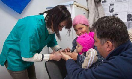 Umflarea la 200 de procente a sporului de izolare pentru medicii din deltă, balon de săpun