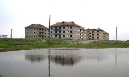 Caraorman, satul dintre ape, pe cale să ajungă satul de sub ape!