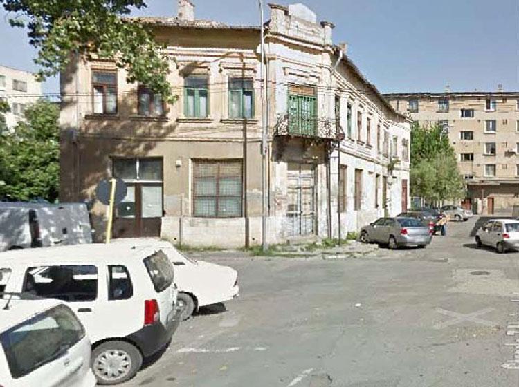 """Peste 40 de imobile dărăpănate din municipiu vor fi supraimpozitate cu """"taxa pe ruină"""""""
