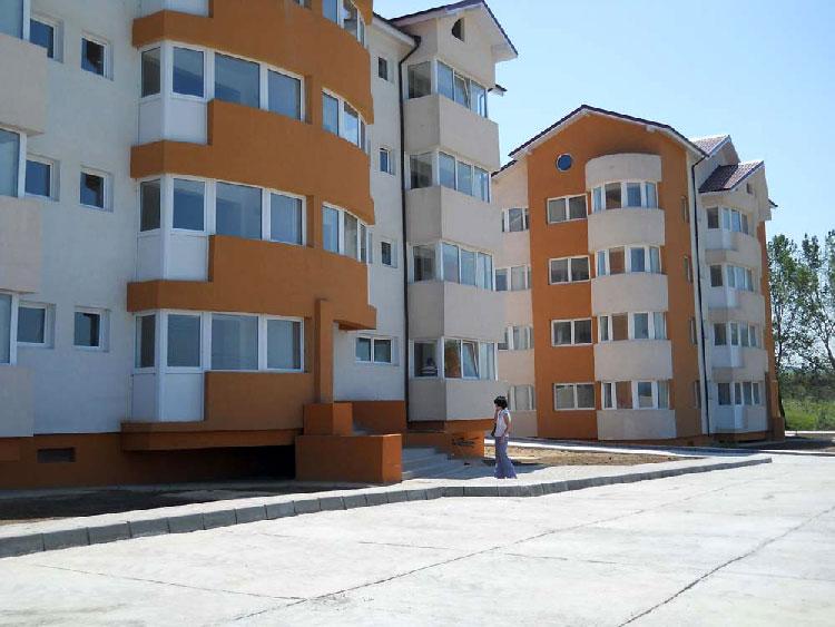 Bătaia pe viitoarele locuinţe ANL din municipiu se anunţă crâncenă: aproape 2.500 de tulceni se vor chiriaşi la stat!