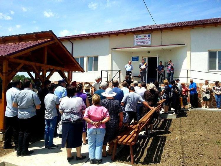 Noul Centru Medical din Cataloi, inaugurat în prezenţa a zeci de cetăţeni