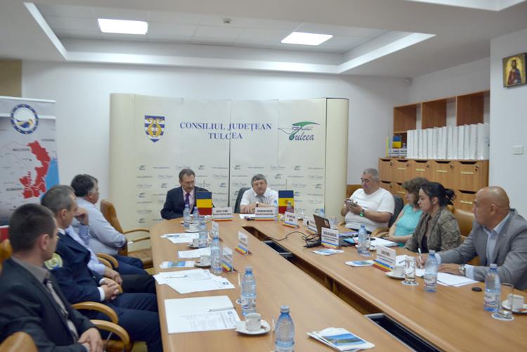 """Comisia de Mediu a Asociaţiei """"Euroregiunea Dunărea de Jos"""" s-a întrunit la Tulcea"""