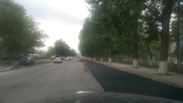 Covor asfaltic nou de la un capăt la celălalt pe 16 străzi din municipiu