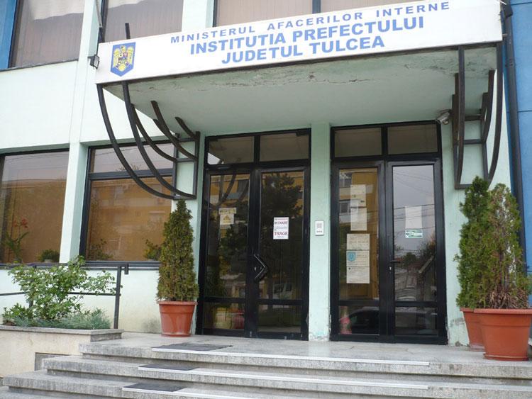 Grevă fără vlagă în administraţia de la Tulcea