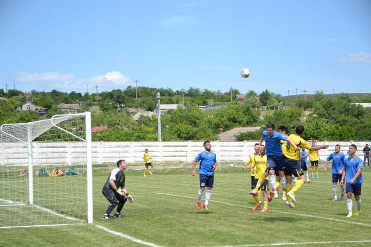 Cu Trofeul pe masă: Granitul Babadag şi Pescăruşul Sarichioi joacă astăzi finala Cupei României