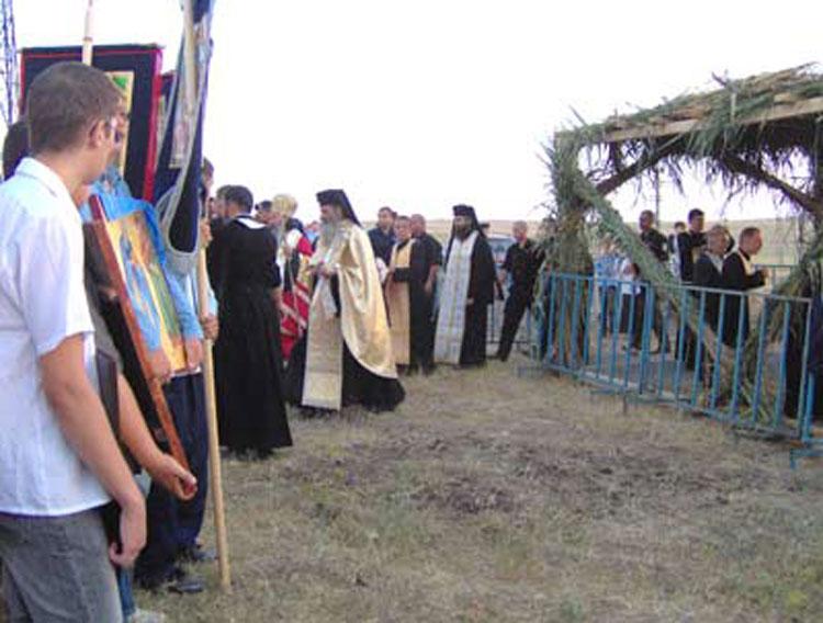 Mâine, Arhiepiscopul Tomisului, ÎPS Teodosie, va oficia Sfânta Liturghie la mănăstirea Halmyris