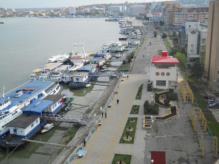 """Conducerea APDM vrea să transforme Portul Galaţi într-un """"mic Rotterdam"""", Tulcea rămâne o prioritate doar pe hârtie"""