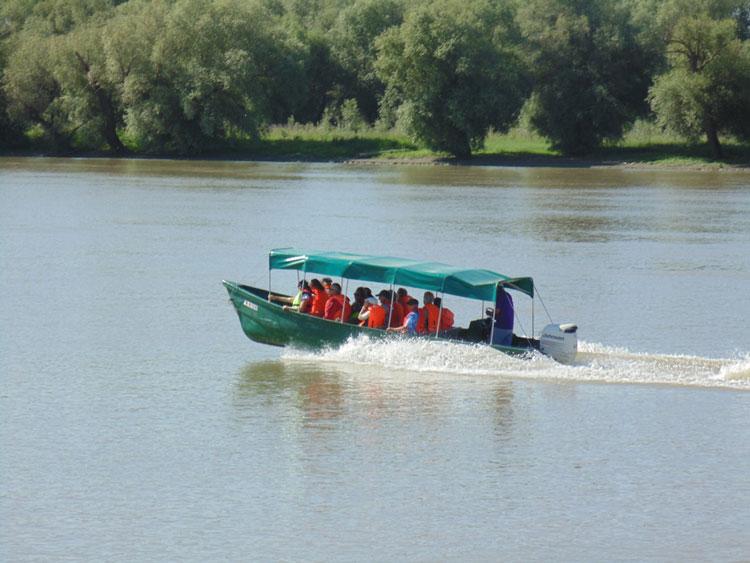 ARBDD va monitoriza cu radare viteza de deplasare pe canalele deltei