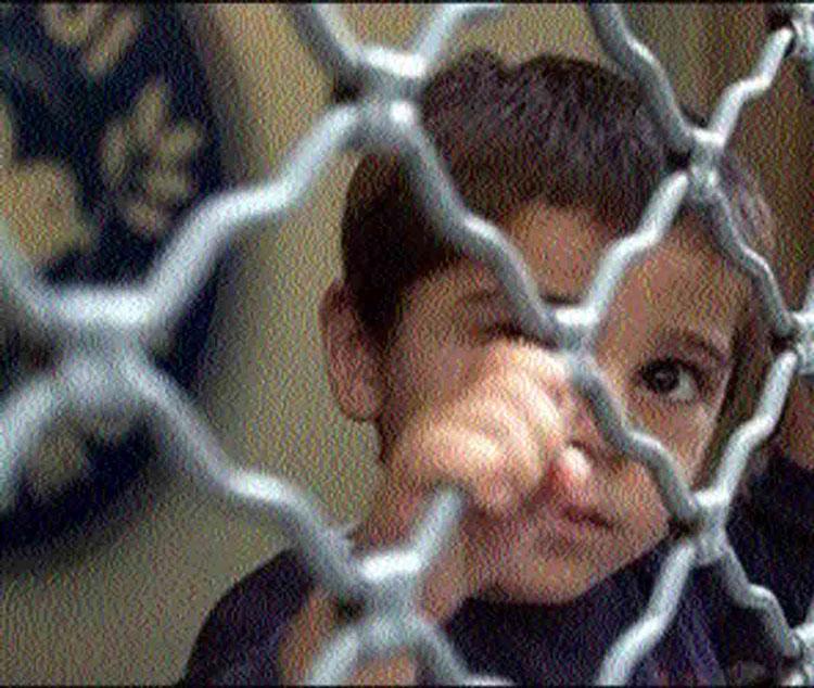 Sute de copii din Tulcea au cel puţin un părinte în închisoare