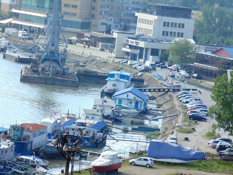Un nou proiect controversat al Ministerului Transporturilor agită apele în Portul Tulcea