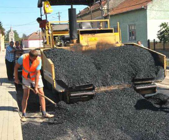 Mai multe străzi din estul oraşului pe care s-a lucrat în ultimii ani vor fi asfaltate cap – coadă