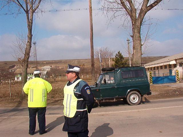 Cetăţenii din Babadag cer suplimentarea forţelor de poliţie în oraş