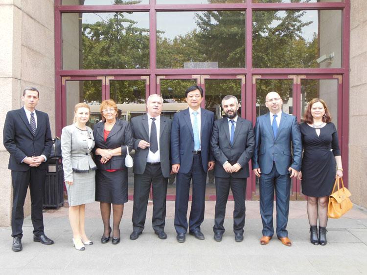 O delegaţie a Consiliului Judeţean, în vizită de lucru la Suzhou
