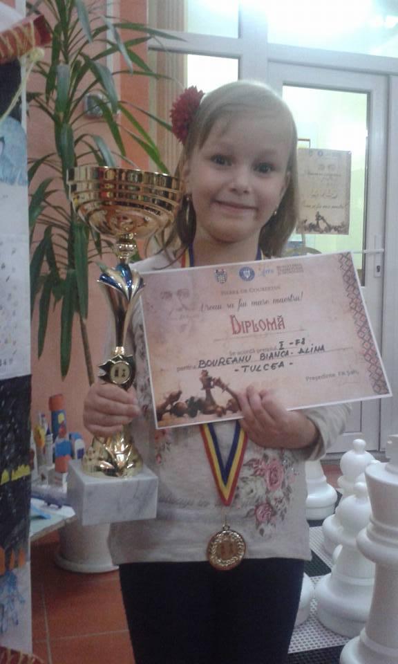 """Tulceanca Bianca-Alina Boureanu s-a calificat în finala competiţiei  de şah """"Vreau să fiu mare maestru"""""""