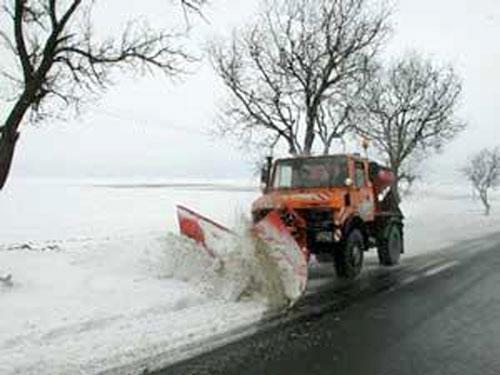 O firmă din Bucureşti se va ocupa cu deszăpezirea drumurilor naţionale la Tulcea