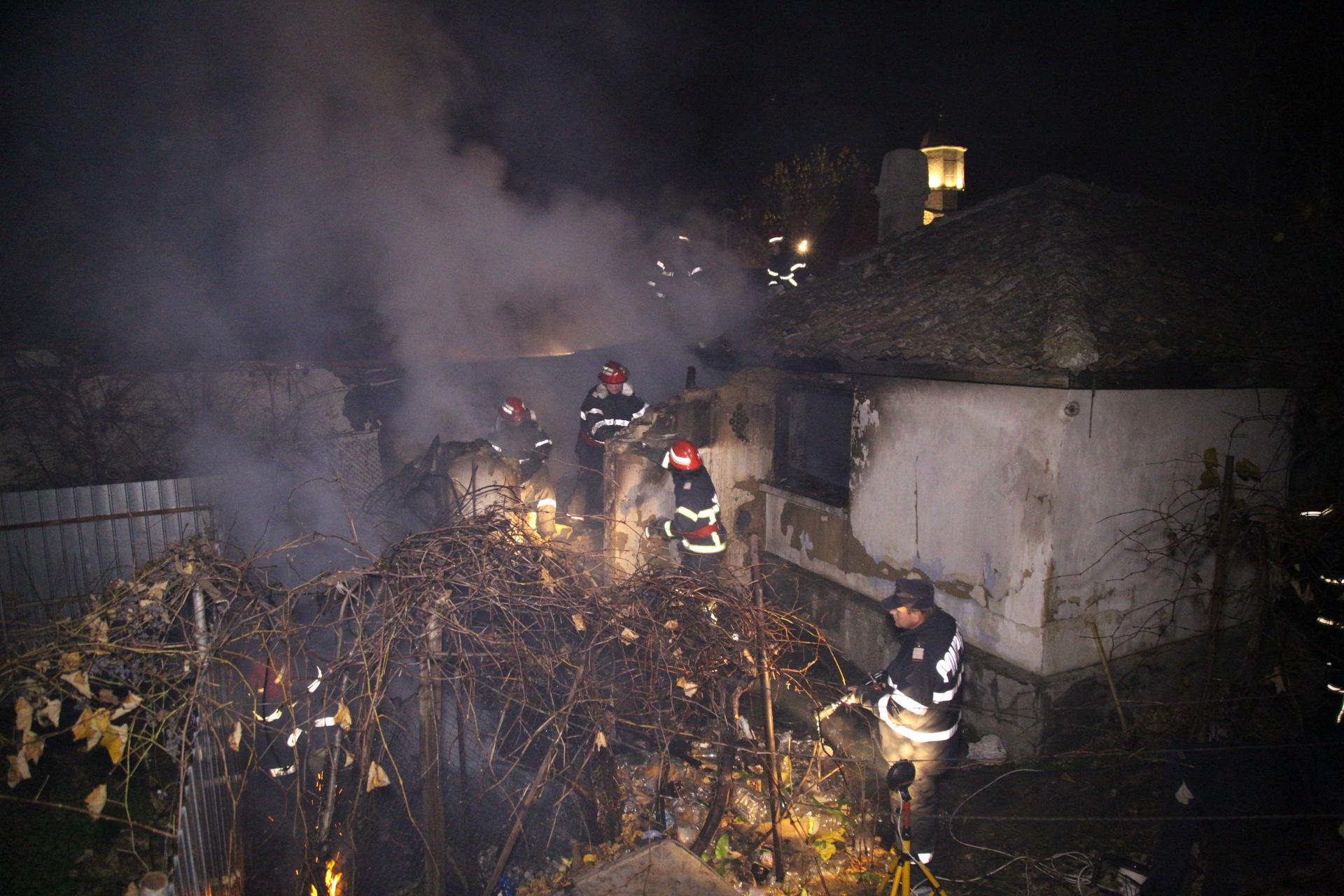 Tragedie pe Nicolae Bălcescu: un bătrânel imobilizat la pat a murit carbonizat, în propria casă