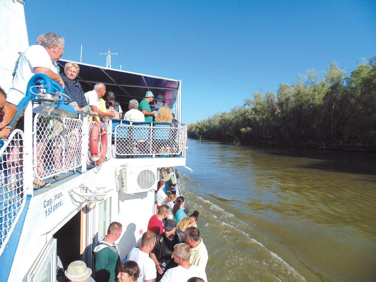 Locuitorii municipiului şi cetăţenii din zonele limitrofe deltei, scutiţi de plata taxei de acces  în Rezervaţie