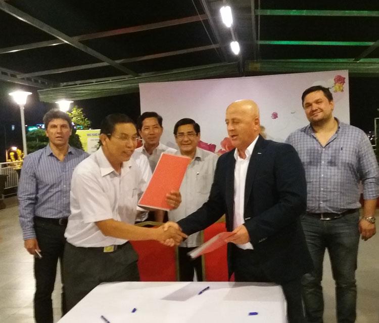 O delegaţie vietnameză din Provincia Ben Tre, în vizită oficială la Tulcea