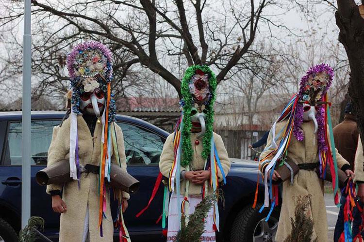 Parada Moşoaielor de la Luncaviţa, cel mai aşteptat moment din Ajunul Crăciunului