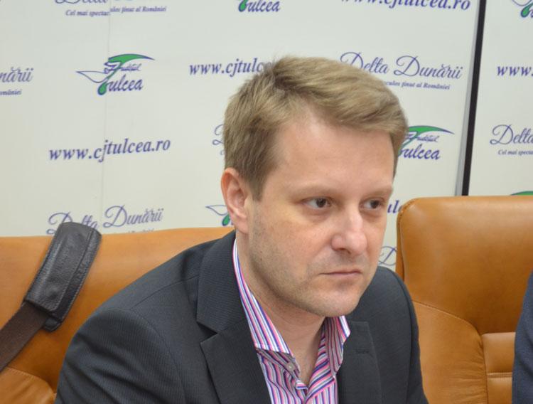 Dr. Năstăsescu se şcoleşte la Institutul Fundeni