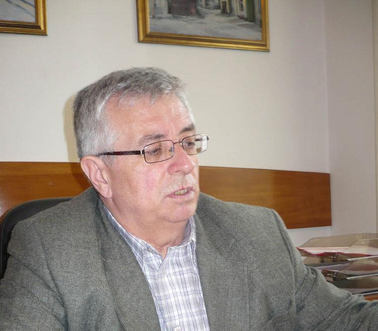 Trimis în judecată pentru instigare la abuz în serviciu, Inspectorul general Dumitru Damian, suspendat din funcţie