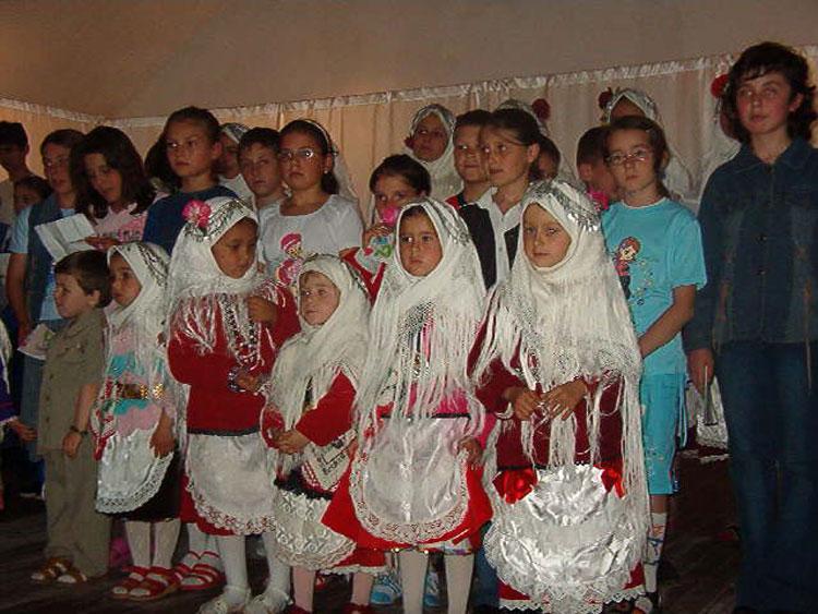 """""""Ziua Babei"""", o sărbătoare tradiţională a comunei Izvoarele"""