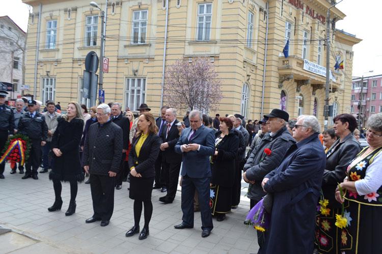 Manifestări organizate de comunitatea ucraineană la 202 ani de la naşterea marelui poet Taras Şevcenko