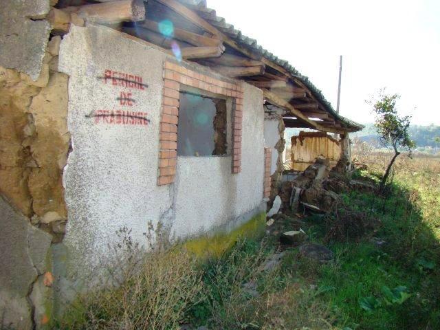 Fostele clădiri în care au funcţionat fermele Jandarmeriei Tulcea, în pericol de prăbuşire
