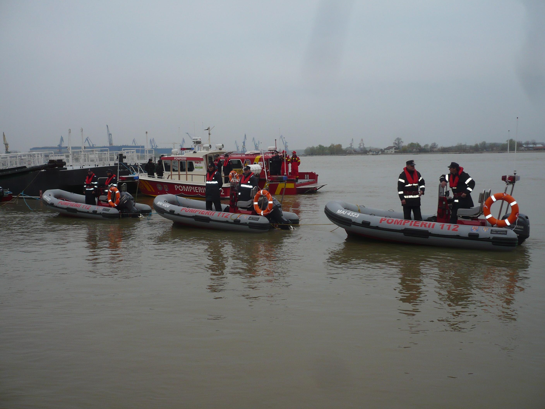 Raed Arafat a lansat la apă şapte ambarcaţiuni de intervenţie cu care ISU va acţiona în Delta Dunării