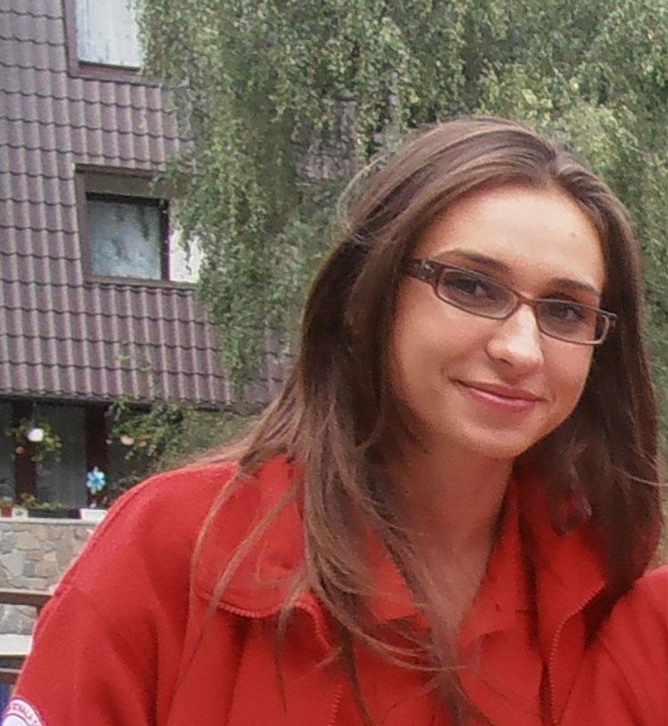 Tulceanca Ştefania Nicoleta Safca, alături de Crucea Roşie Română la EURO 2016