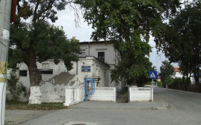 Guvernul ia în calcul redeschiderea spitalului din Sulina
