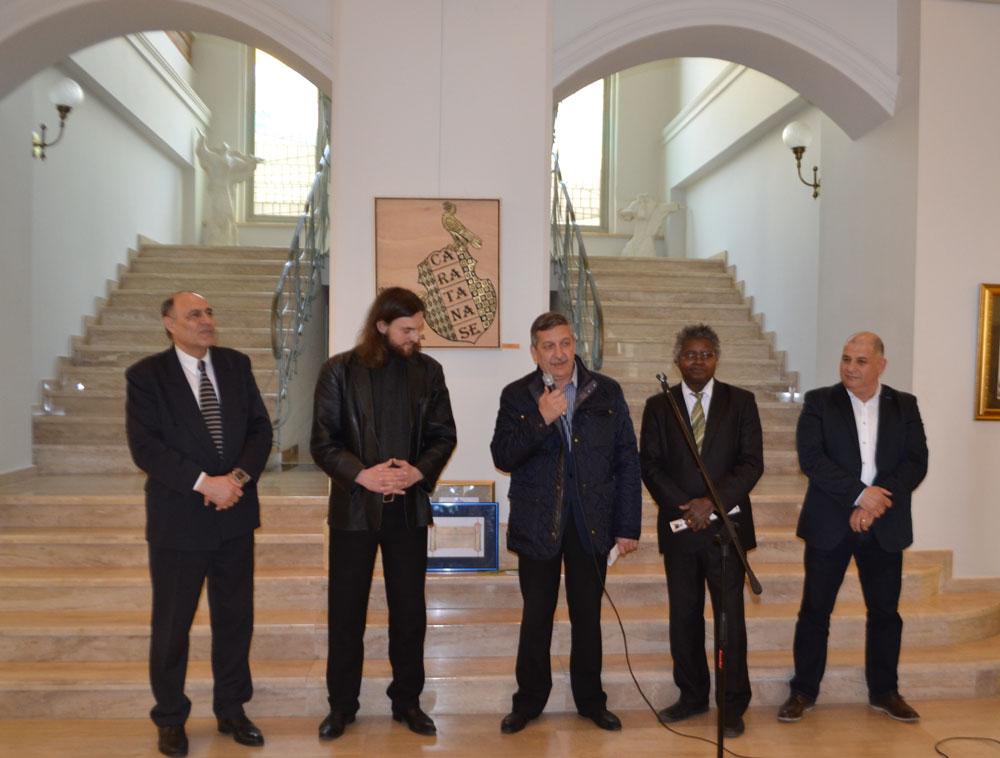 """""""Imago Mundi"""", expoziţie marca Zuzu Caratănase, pe simezele Muzeului de Artă Tulcea"""