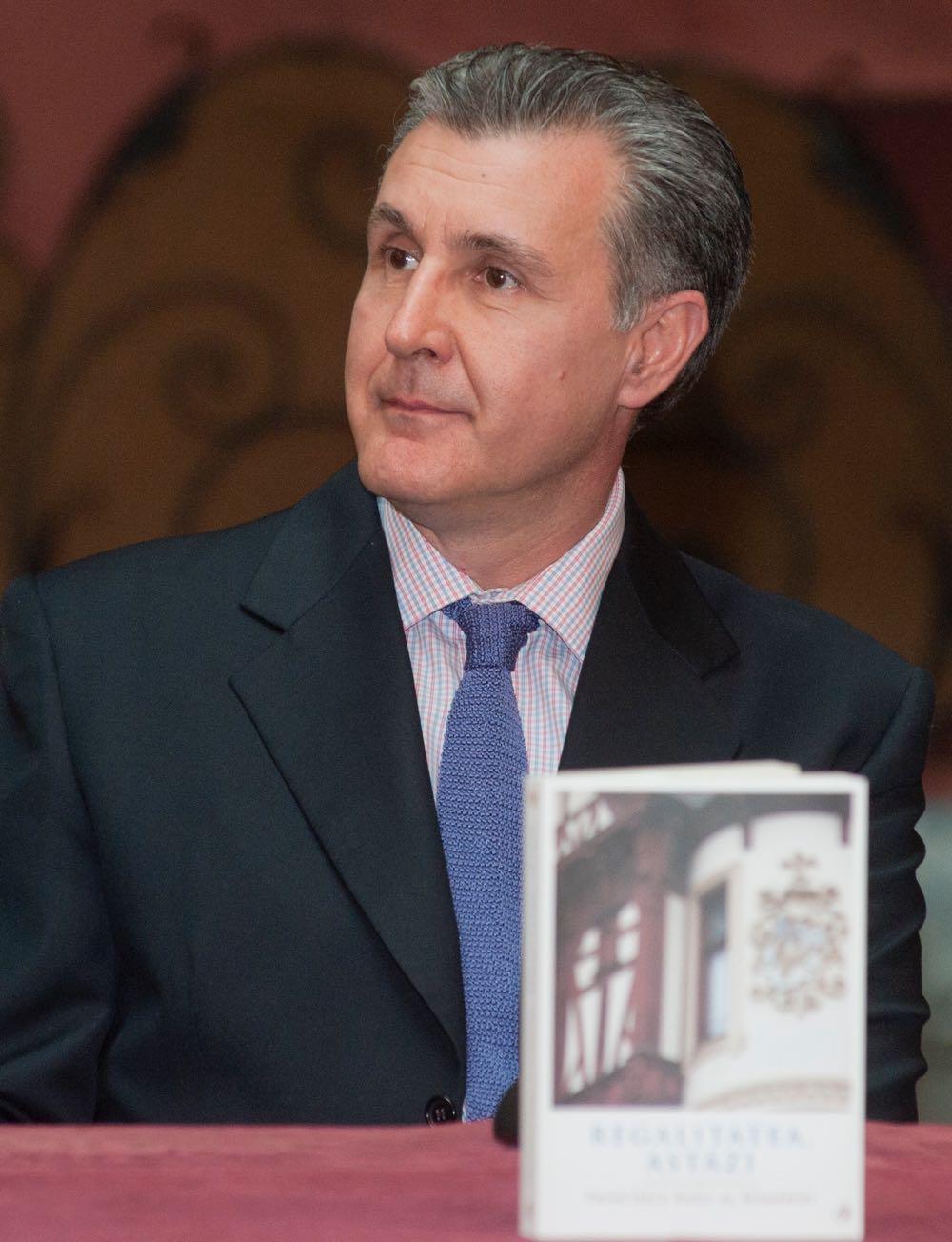 Lansare de carte regală la Casa Avramide, în prezenţa ASR Principele Radu al României