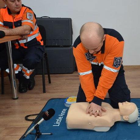 Ambulanţieri de la SJA Tulcea îi vor învăţa pe români cum să salveze o viaţă