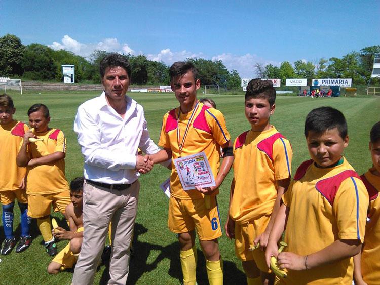 Fotbal junior: Cupa 1 iunie, un trofeu al tuturor copiilor
