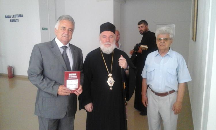 Lansare de carte la Biblioteca Judeţeană – Patria sub ameninţarea păsărilor de pradă