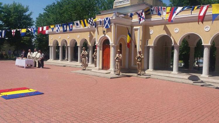 Ziua Eroilor, marcată de autorităţile şi elevii tulceni