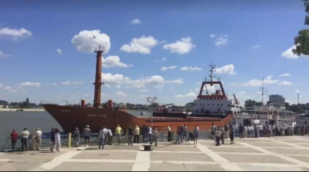 Nava Republica va fi reparată la şantierul naval de la Brăila