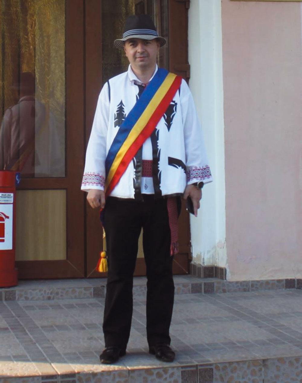 Primarul Ştefan Ilie, reales în funcţia de vicepreşedinte naţional