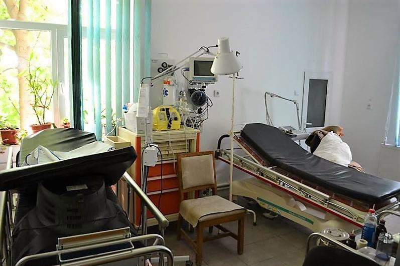 Directorii sănătăţii tulcene au primit sarcină să-i convingă pe medici să vină la centrul de permanenţă din Babadag