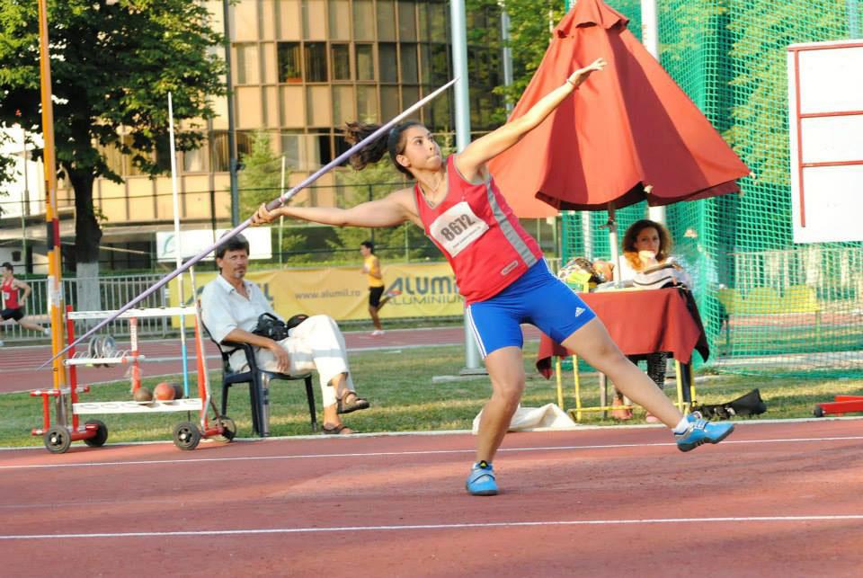 Multipla campioană naţională la aruncarea suliţei, Savinela Ciulei, s-ar putea retrage din activitatea competiţională!