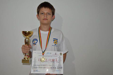 Şahistul tulcean, Laurenţiu Sarighioleanu l-a învins pe actualul campion naţional Coca Cristi