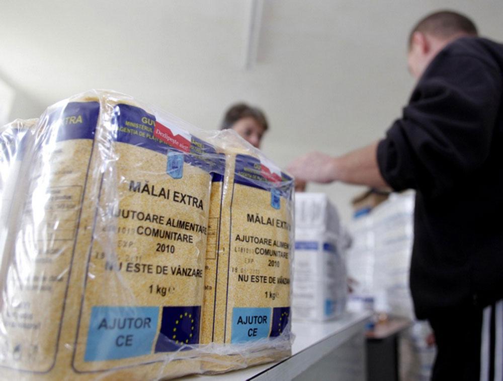 Prefectura anunţă că a încheiat distribuţia alimentelor în judeţ