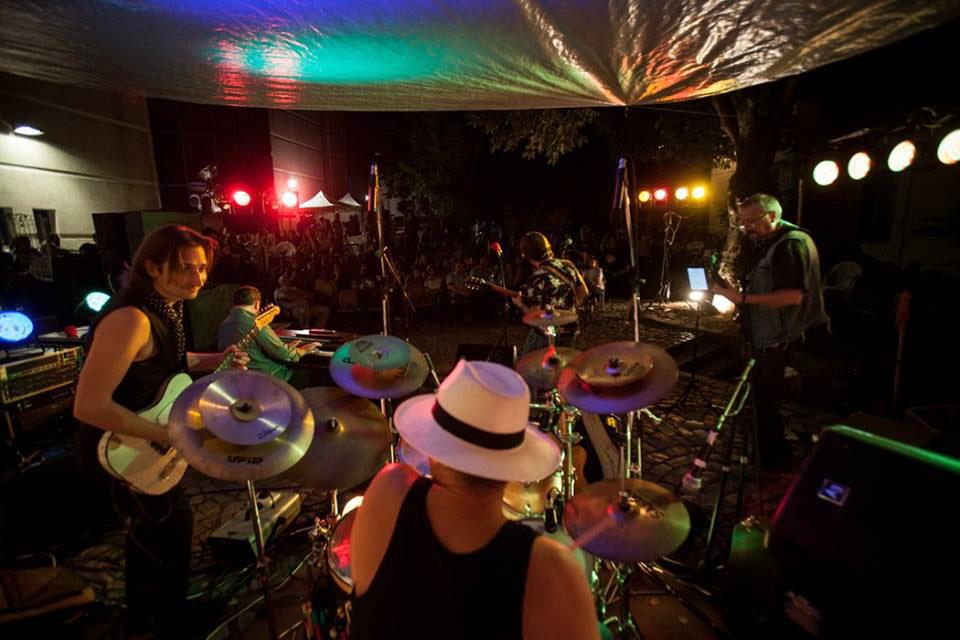 """Iubitorii de blues """"se exilează"""" la Tulcea, să-l vadă live pe marele muzicuţist american Billy Branch"""