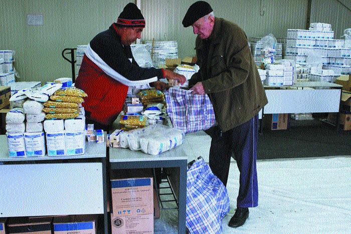 Prea multe alimente de la Uniunea Europeană: surplusul, dirijat către cazurile sociale