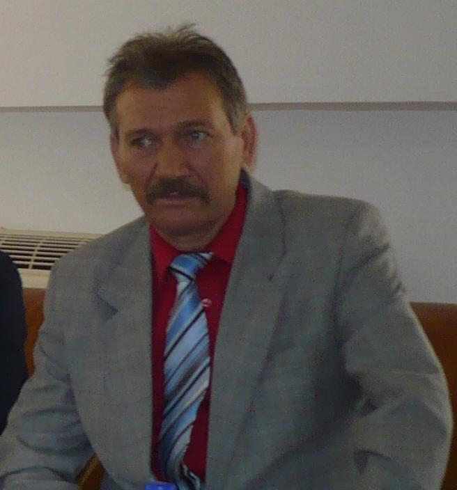 Social-democratul Vasile Strat părăseşte plenul CJ Tulcea, vizând funcţia  de administrator public al judeţului