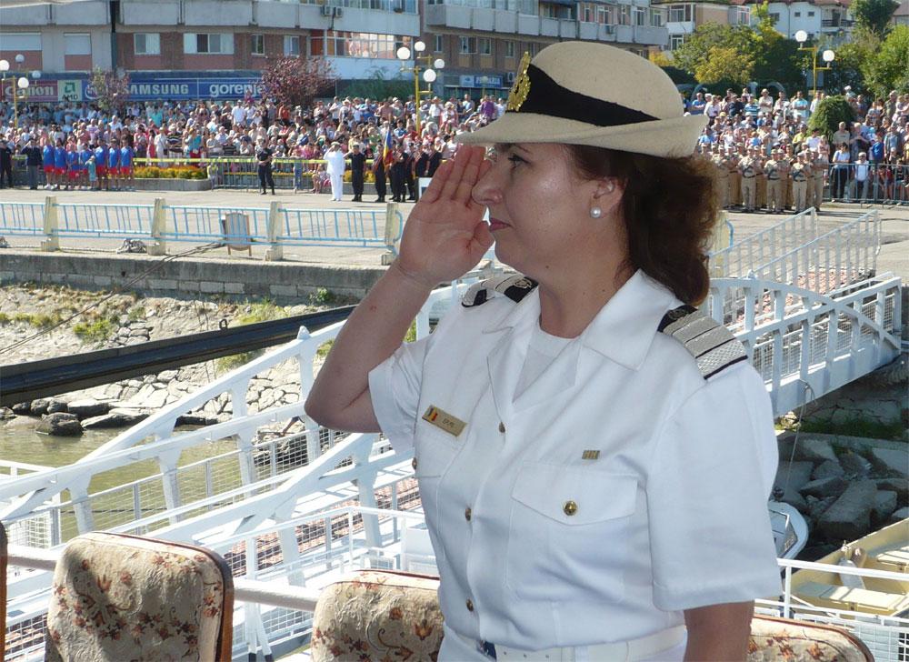 Ziua Marinei: o mare de oameni a asistat la parada navală din Portul Tulcea