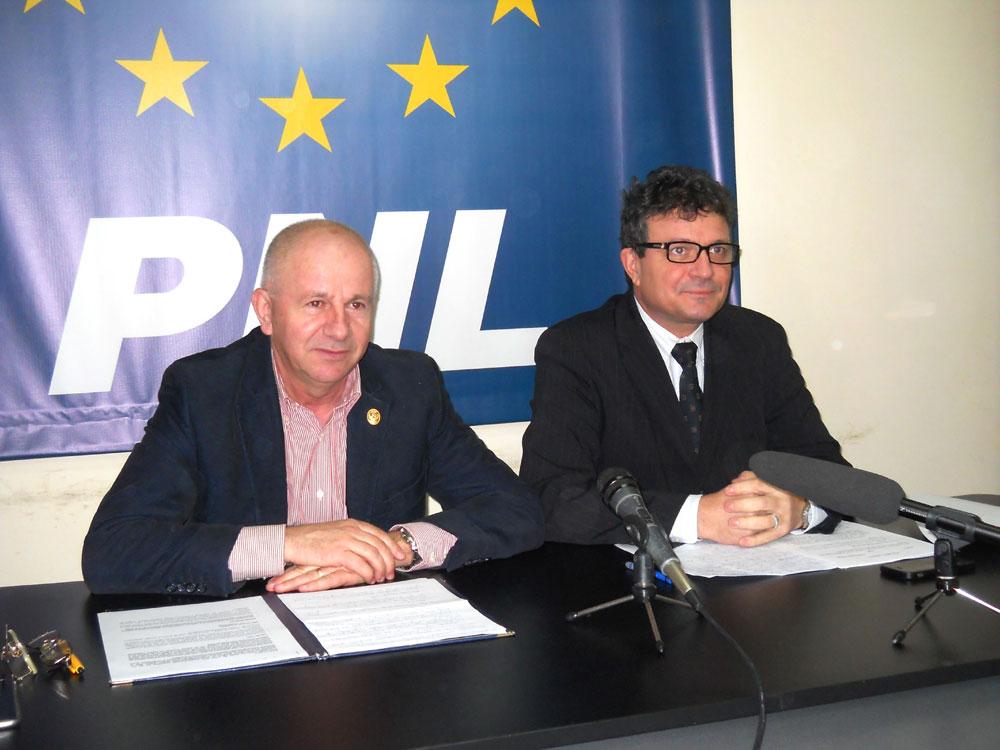 Liberalii şi-au validat listele: Vasile Gudu şi Octavian Motoc, pe primele poziţii
