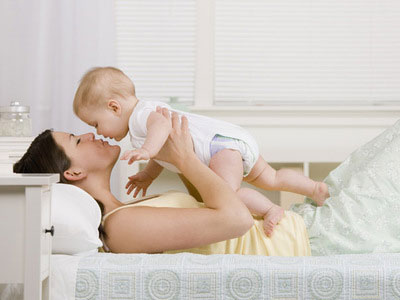 Indemnizaţii record pentru creşterea copilului
