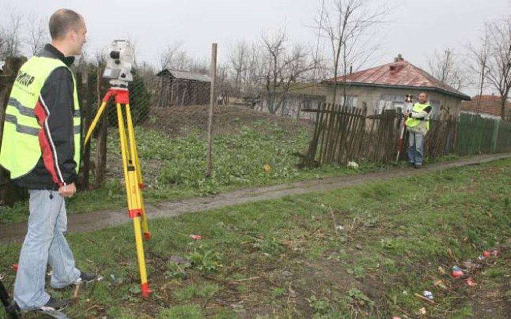 Lucrările de cadastrare gratuită încep în 12 localităţi din judeţul Tulcea